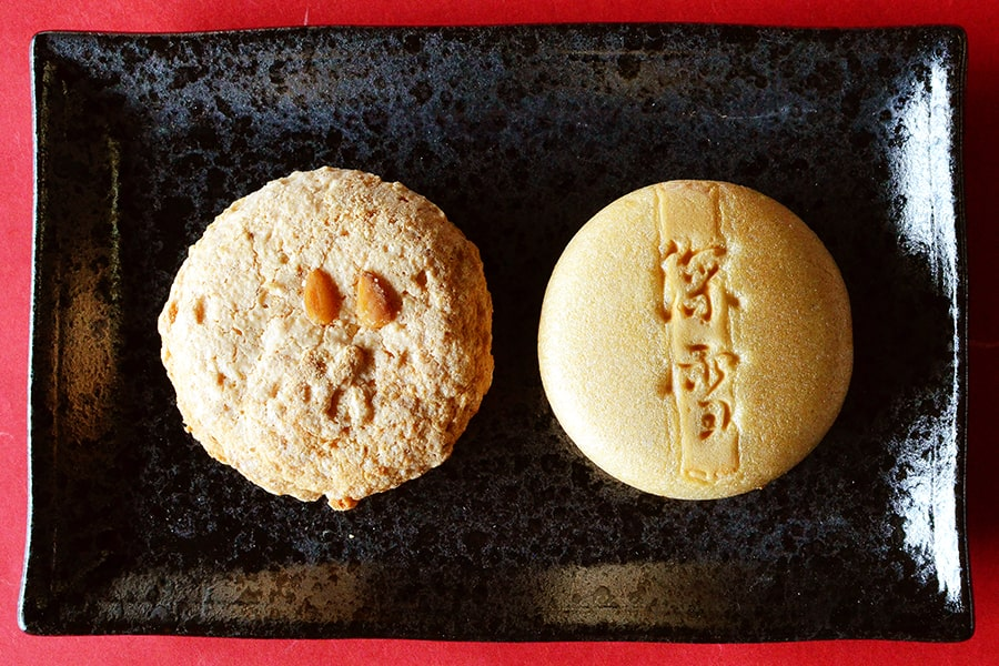 朝顔の松のお菓子2種